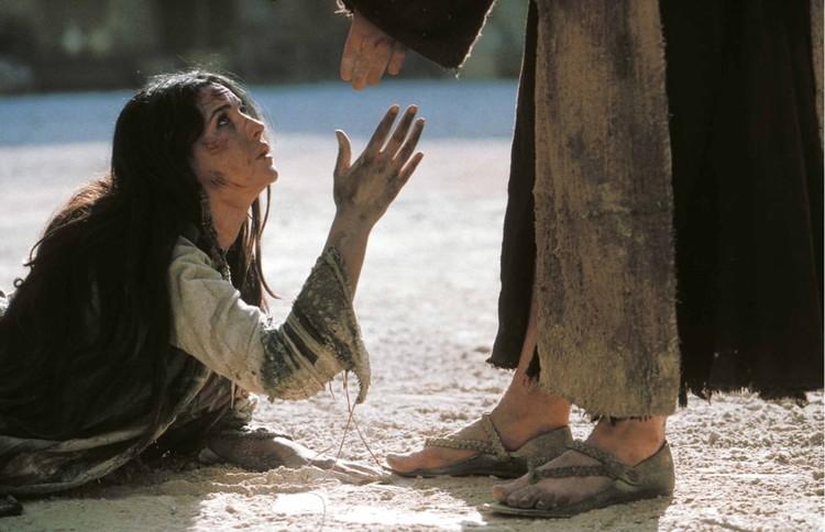 """В """"Страстях Христовых"""" Моника сыграла Марию Магдалину. Она сумела воплотить образ женщины, вызывающей одновременно эмоции и самого низменного характера, и благоговение одновременно"""