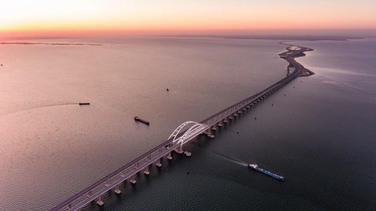 Крымский мост. Фото: кот Моста/VK