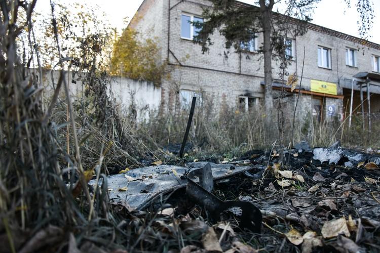 Остатки сгоревшей «Инфинити».