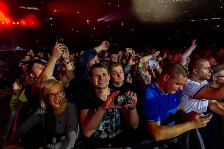 Концерт прошел при полному аншлаге.