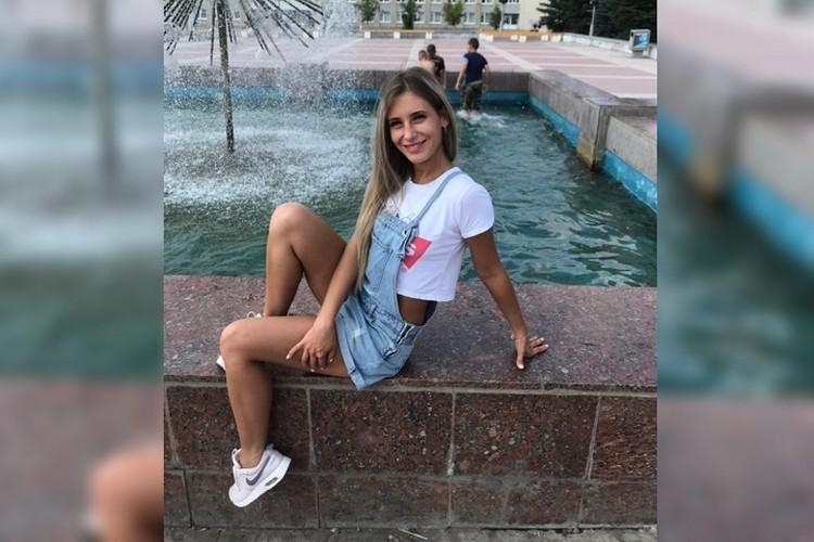 Ксения Каторгина копила на первый взнос по ипотеке. У нее есть 9-летняя дочка. Фото: СОЦСЕТИ
