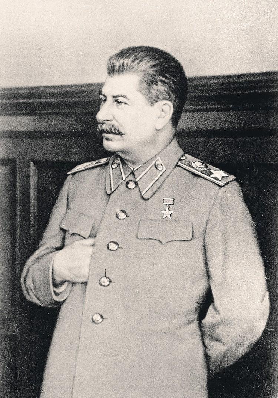 Сталин понял, что может держать Анастаса Микояна на крючке.