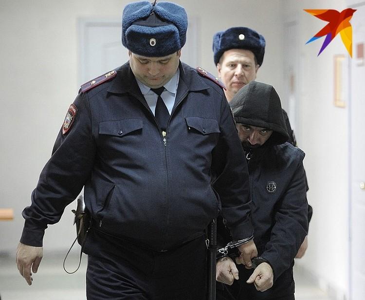 Марат Ахметвалиев тоже старался избежать внимания прессы