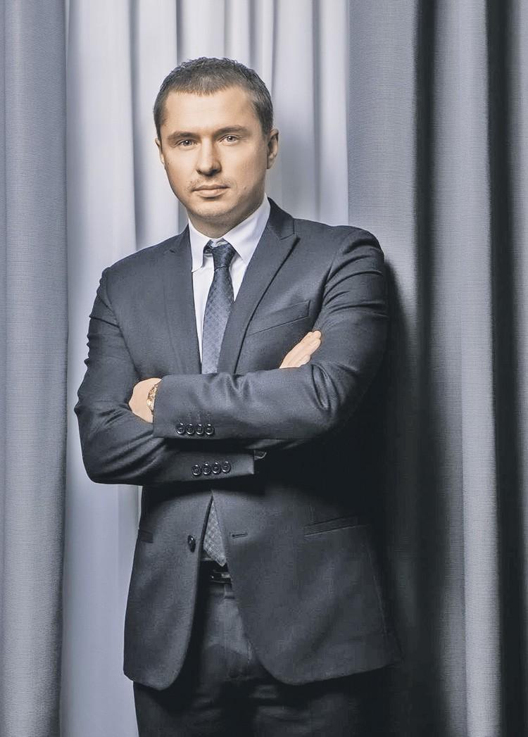 Муж Тины Василий Бровко работает в госкорпорации «Ростех». Фото: rostec.ru