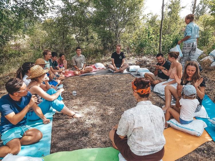 В Грузии Богатыревы посетили лагерь для путешественников. Фото: личный архив