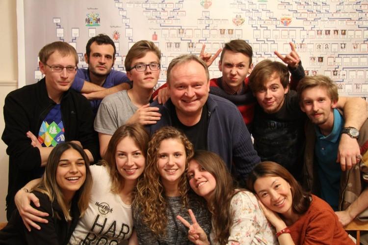 В усадьбе прошло уже четыре волонтерских лагеря с международным участием Фото: vk.com/kurkino_estate