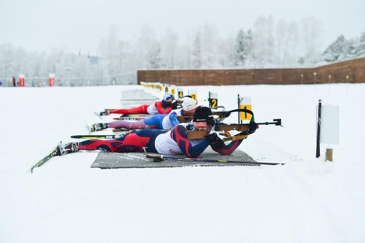 Спортивный комплекс уже высоко оценила сборная команда России по биатлону, которая тренировалась здесь в прошлом сезоне. Фото предоставлено пресс-службой правительства Алтайского края.