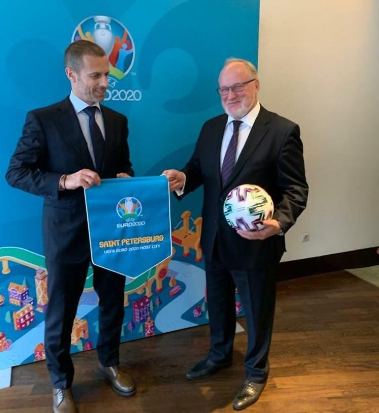 Владимир Кириллов доложил президенту УЕФА о готовности города к Евро-2020. Фото: пресс-служба Смольного