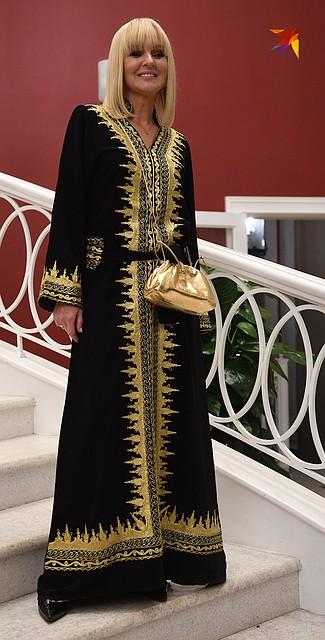 Светлана Лазарева в черно-золотом восточном наряде в пол выглядела так же молодо, как и 20 лет назад Фото: Михаил ФРОЛОВ
