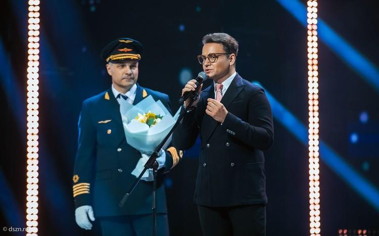 Свою новую «взлетку» Евгений Мартенюк, бывший военный пилот, открыл в проекте «Московское долголетие». И получил награду в номинации «Премьера года». Фото: dszn.ru