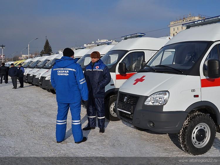 До 2024 года в рамках программы ускоренного социально-экономического развития алтайский Минздрав закупит 276 санитарных машин. Фото предоставлено пресс-службой правительства Алтайского края.