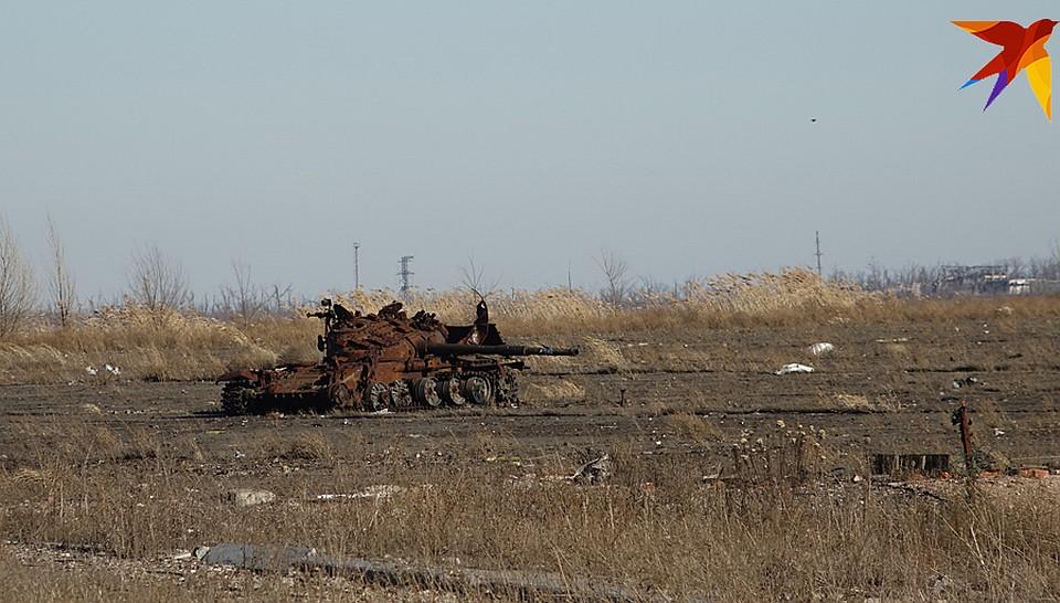 До позиций противника 300 метров Фото: Дмитрий СТЕШИН