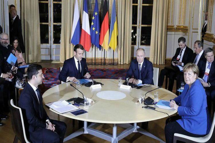 Встреча в париже длилась несколько часов и подарила Донбассу немного надежды. ФОТО: АПУ