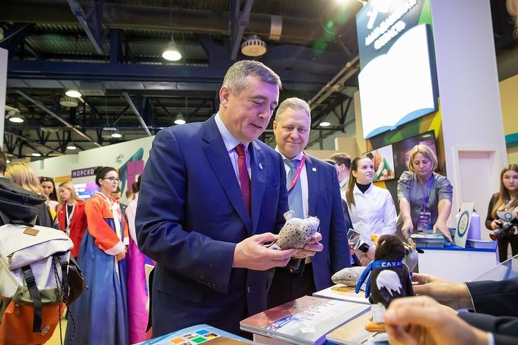 На фестивале были представлены товары и сувениры сахалинских производителей. Фото предоставлено пресс-службой правительства Сахалинской области.
