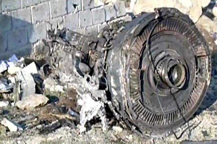 Причиной крушения «Боинг»-737 могла стать техническая неисправность.