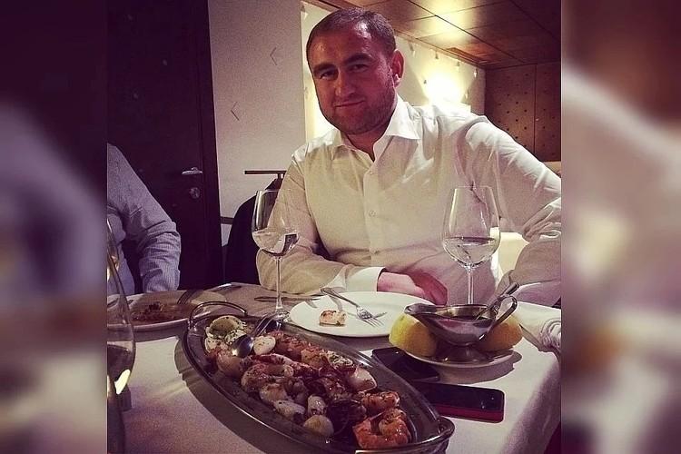 Раньше Арашуков мог позволить себе лучшие рестораны страны, а теперь жалуется на нехватку воды
