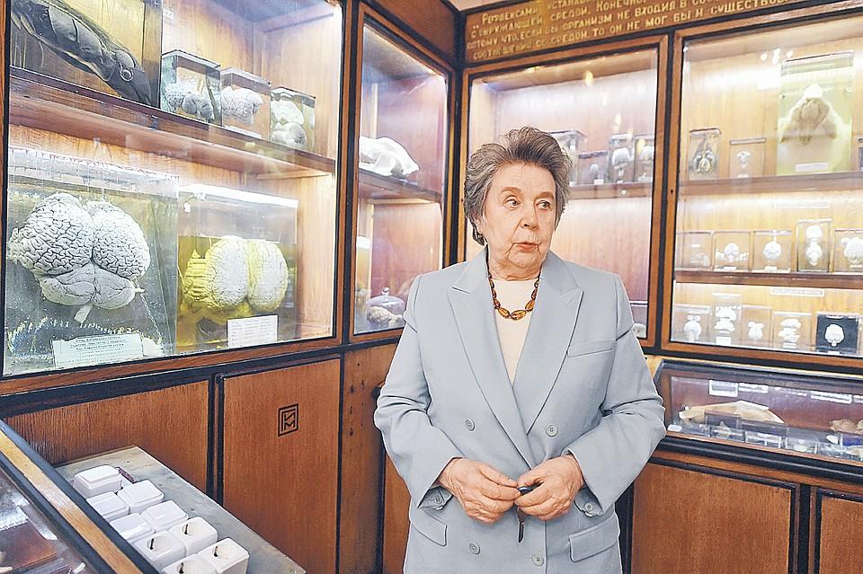 Ирина Боголепова руководит лабораторией анатомии и архитектоники мозга. Фото: Иван МАКЕЕВ