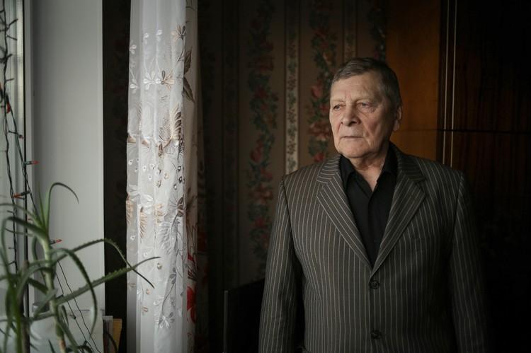 """В первой группе добровольцев, которые отправились в """"зону"""", был и Валентин Николаевич Некоркин"""