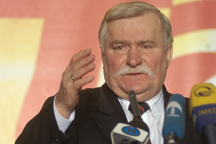 Лех Валенса возглавлял Польшу с 1990 по 1995 годы.