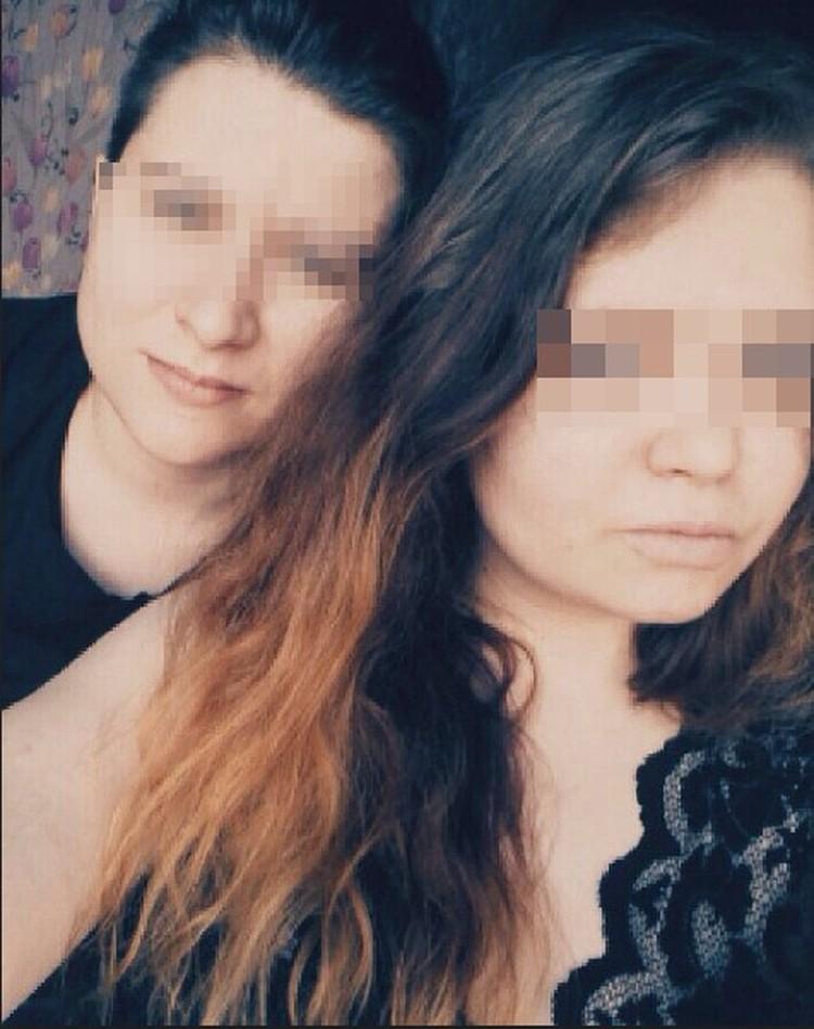 Тело Ульяны нашла Екатерина (слева)