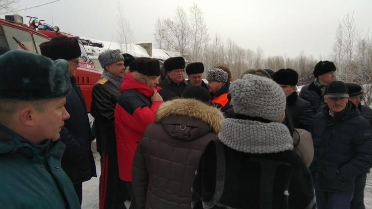 Губернатор прибыл на место ЧП и возглавил работу оперативного штаба.