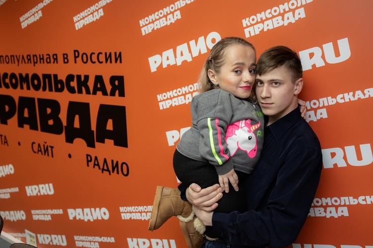 """Пара побывала в редакции """"Комсомолки""""."""