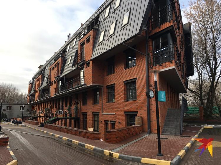 Жилищный комплекс «Лофт Ривер» построен самовольно и по закону подлежит сносу.