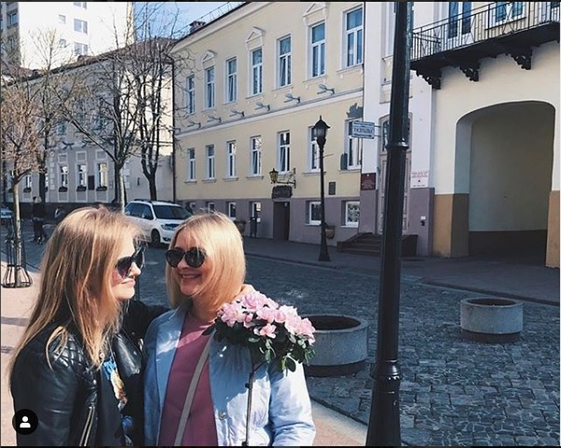 Саша Бортич с мамой в Гродно. Актриса, призналась, что любит Гродно. Фото: Инстаграм @bortich