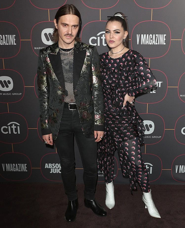 Солист Little Big Илья Прусикин и Софья Таюрская на Warner Music Group Pre-Grammy Party 2020