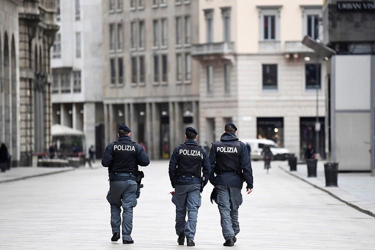 Большие города прочесывают полицейские патрули