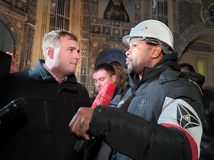 Боксер дал интервью российскому телевидению. Фото: Минобороны РФ