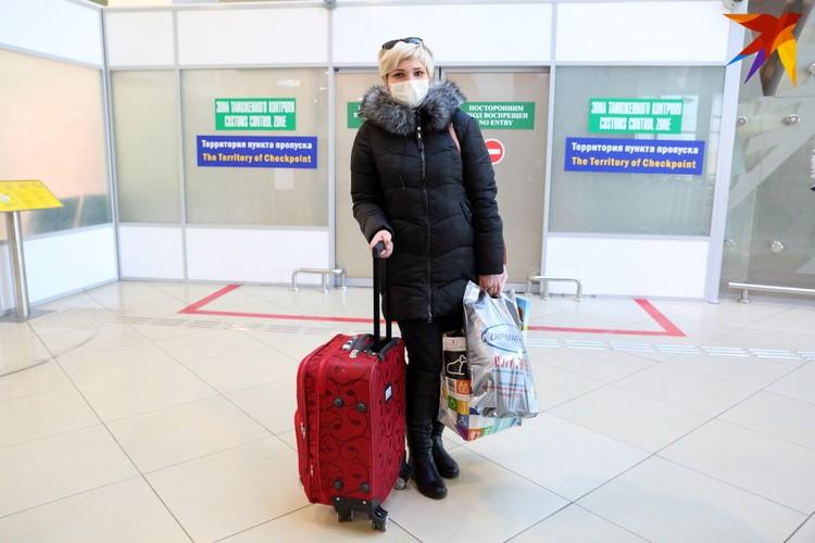 Кристине в аэропорту предложили сдать тест на коронавирус. Она прилетела из Чехии, и нигде больше не была.
