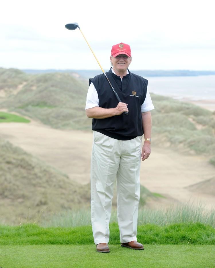 Трамп - поклонник спорта богачей, гольфа.