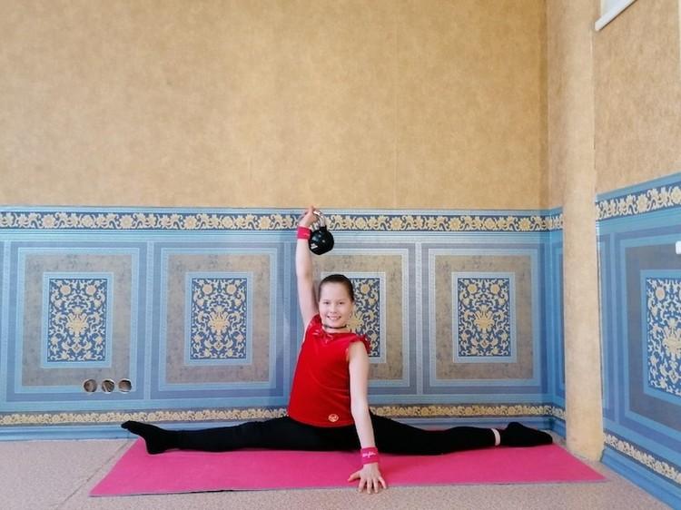 Девочка занимается спортом с самого детства. Фото: предоставлено Еленой Черных.