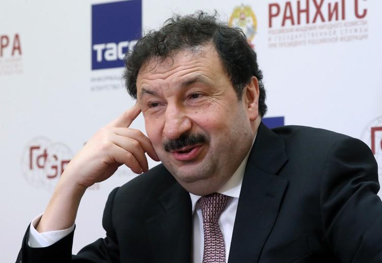 Ректор РАНХиГС Владимир Мау. Фото: Сергей Карпухин/ТАСС