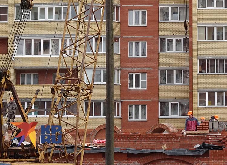 На стройках Кирова кипит работа
