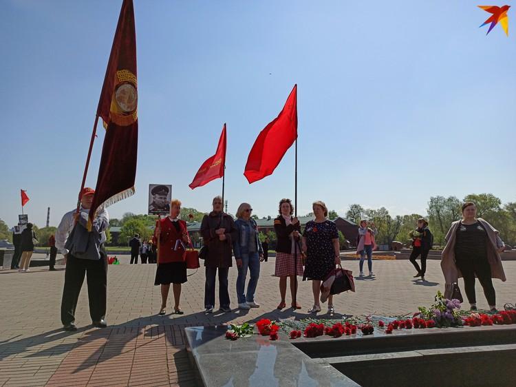 Брестские активисты партии левых «Справедливый мир» тоже пришли в крепость.