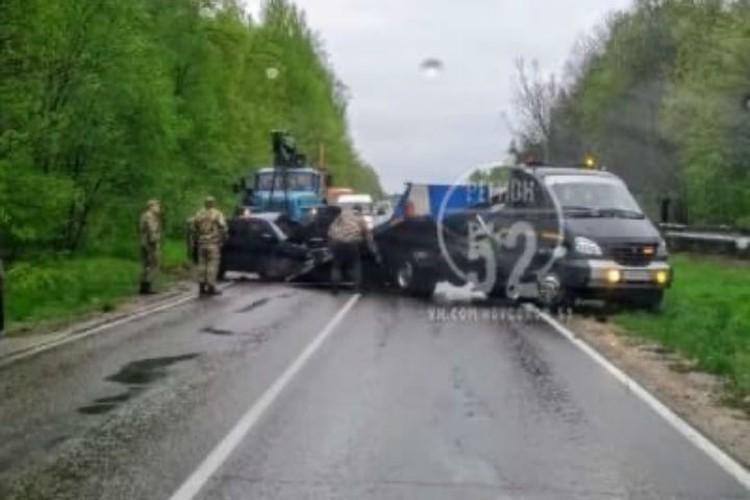 """На месте происшествия работали спасатели. ФОТО: Группа """"Регион-52"""""""