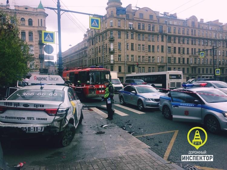 Водитель такси устроил смертельную аварию Фото: https://vk.com/dorinspb