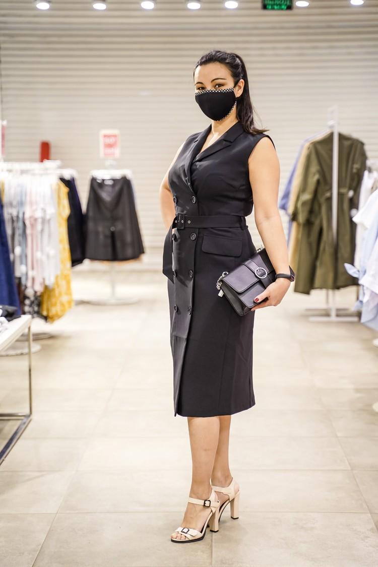 Жилет оказался платьем с широким ремешком на талии.
