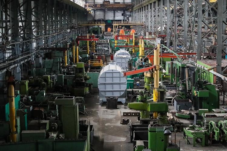 Обещают возродить все мощности завода. Фото администрации ВО.