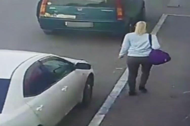 Надежда попала на камеры наблюдения перед исчезновением. Фото: ГУ МВД России по Иркутской области