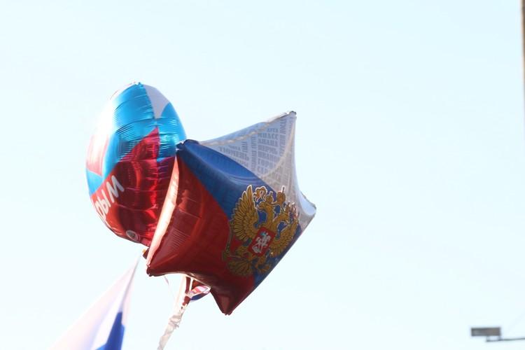 Триколоры на День России обычно везде