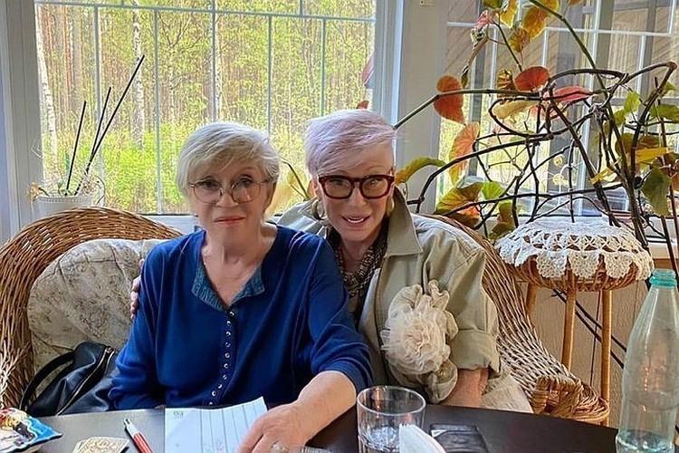 Неделю назад Ирина Понаровская поделилась фотографиями с Алисой Фрейндлих. Фото: Instagram Ирины Понаровской