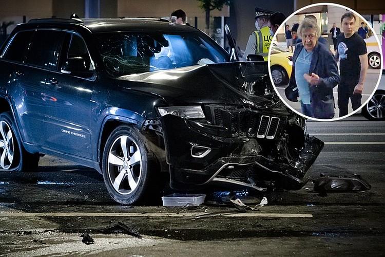 Внедорожник, за рулем которого находился актер, на большой скорости выехал на встречную полосу. Фото: Роман Канащук/ТАСС
