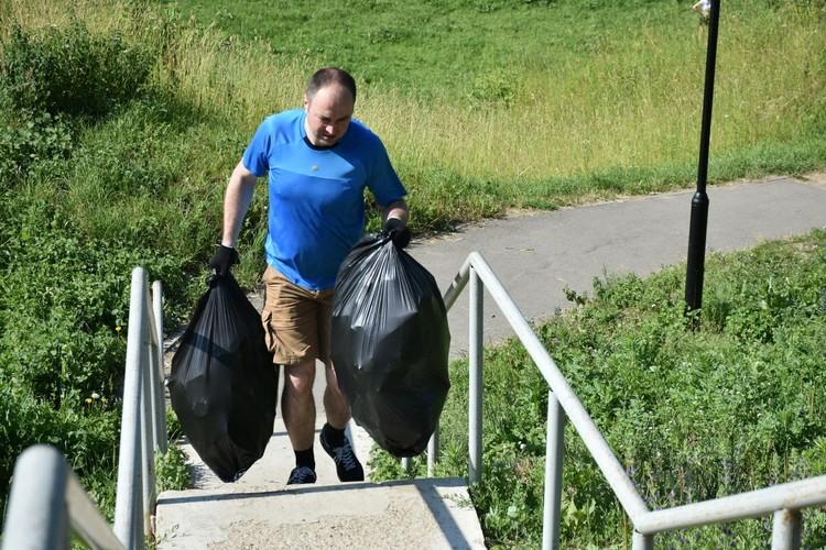 20 июня в Орле прошел экологический субботник. Фото: пресс-служба облсовета