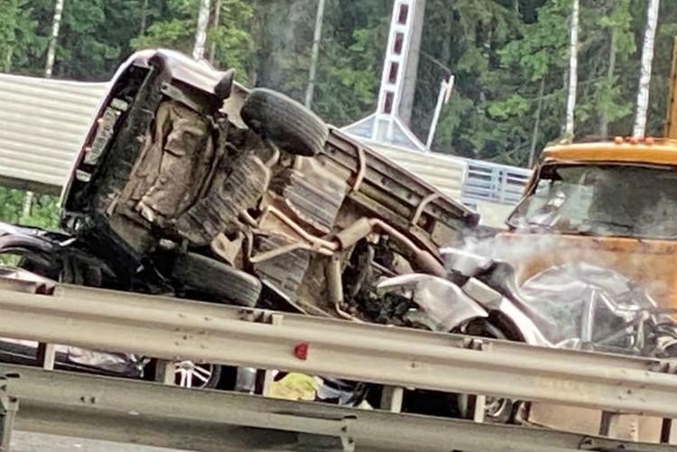 Семь человек пострадали в ДТП, один из них погиб