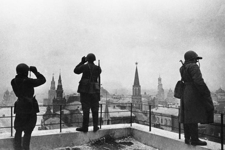 Кремль был поврежден, но совсем не так, как хотелось бы врагам
