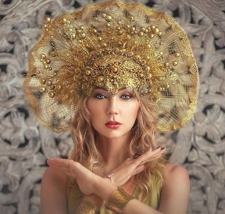 Один головной убор стоит от 15 до 40 тысяч рублей. Фото: savritskayaphoto