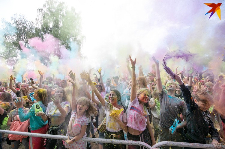 Фестиваль красок в Витебске.